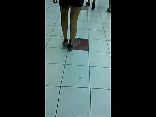 Follow Heels 04