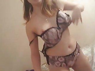 Teen bitch selfie