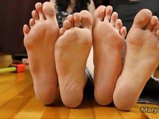 big feet compare