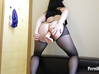 Natasha fucks her gaping asshole