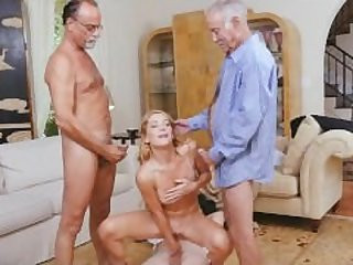 Blonde Raylin Ann Handles Three Wrinkly..