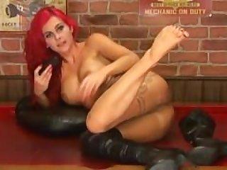 Roxi Babestation