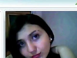 Ebru teases in chat