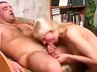 Geniale Teen aus Hamm dominant..